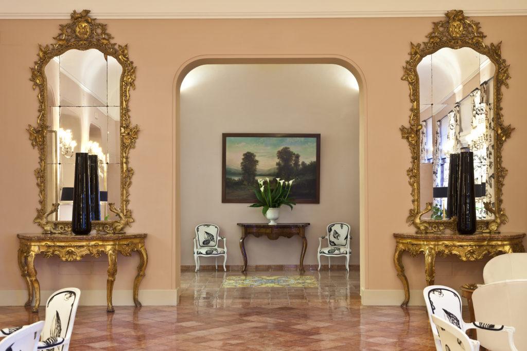 Prunkvolles Interieur im Hotel Regina Isabella