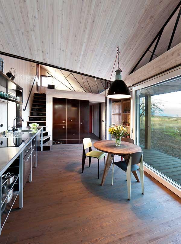 Haus Zilvar, Wohnraum mit Küche
