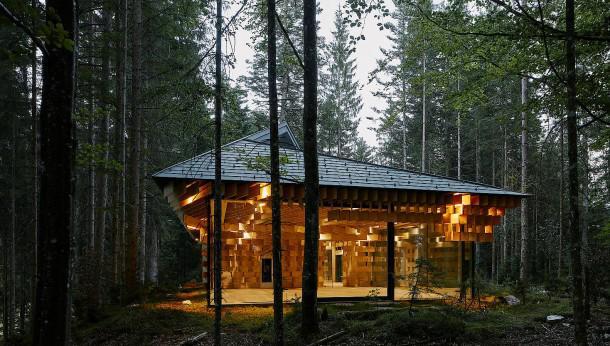 Das Holzhaus von außen