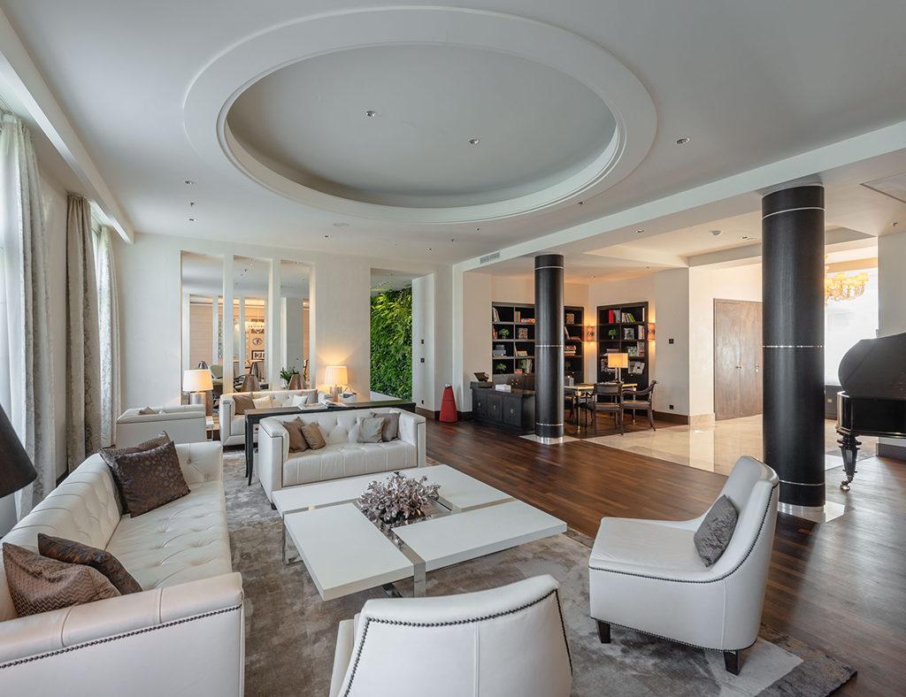 Geräumiger Luxus mit dem gewissen Extra: Die Presidential-Suite des Hotels (Foto: Nagl)