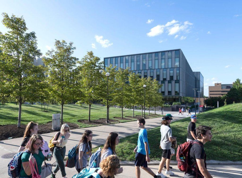 Das Ziel der dänischen Architekten: Weniger Stress und mehr Lebensqualität für die Studenten der US-Universität. (Foto: Alex Fradkin)