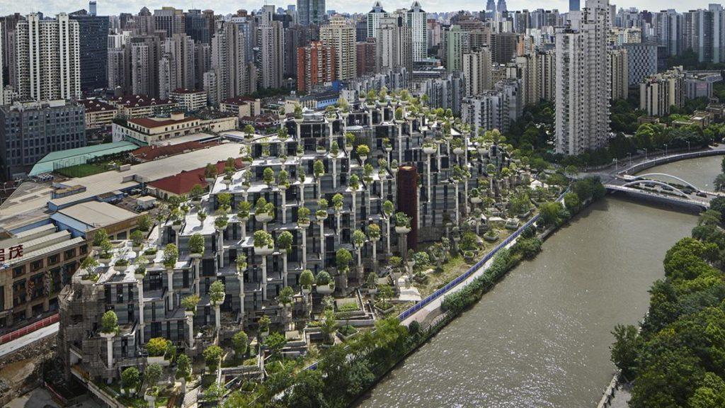 Heatherwick baut mit 1.000 Bäumen (Foto: Qingyan Zhu)