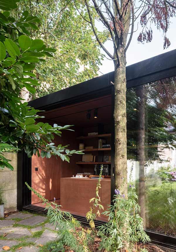 Colok, Tiny Office in Lokeren