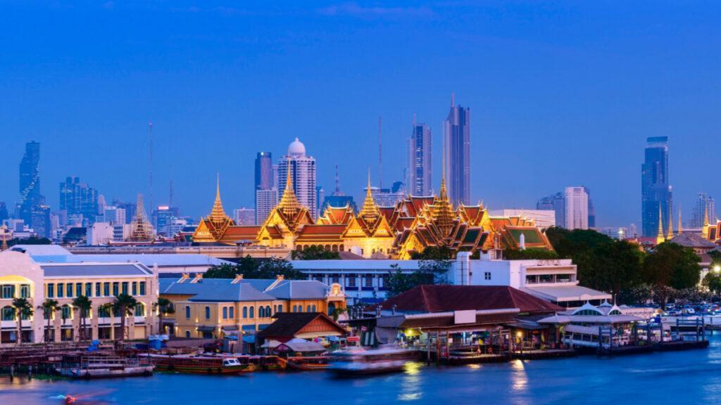 Bangkoks Skyline mit MahaNakhon