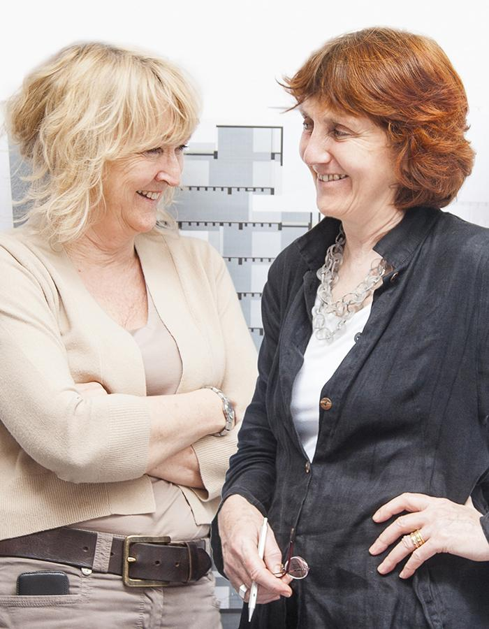 Pritzker-Siegerinnen 2020: Die Grafton Architects Gründerinnen Yvonne Farrell und Shelley McNamara (Foto: Alice Clancy)