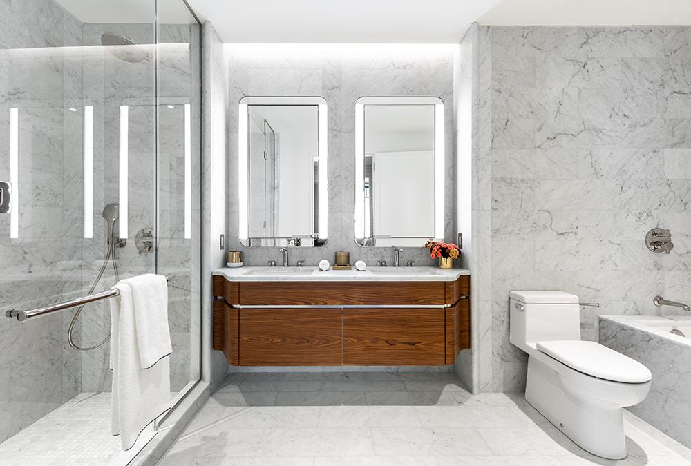 """""""Vive la France"""" im Greenwich West. Die Badezimmer sind als hochwertige Erholungs-Oasen konzipiert. (Bild: Alan Tansey)"""