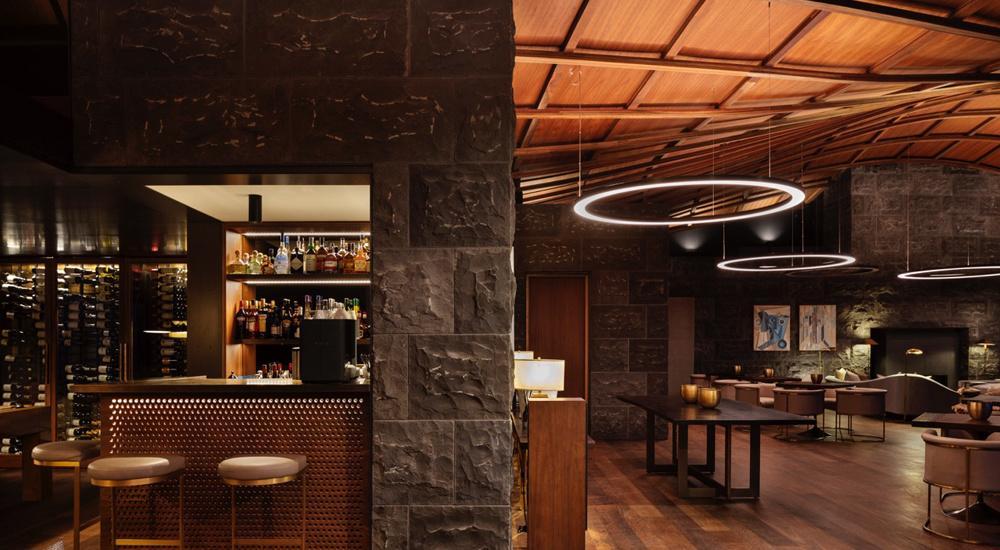 Wein-Bar in der Lindis Lodge