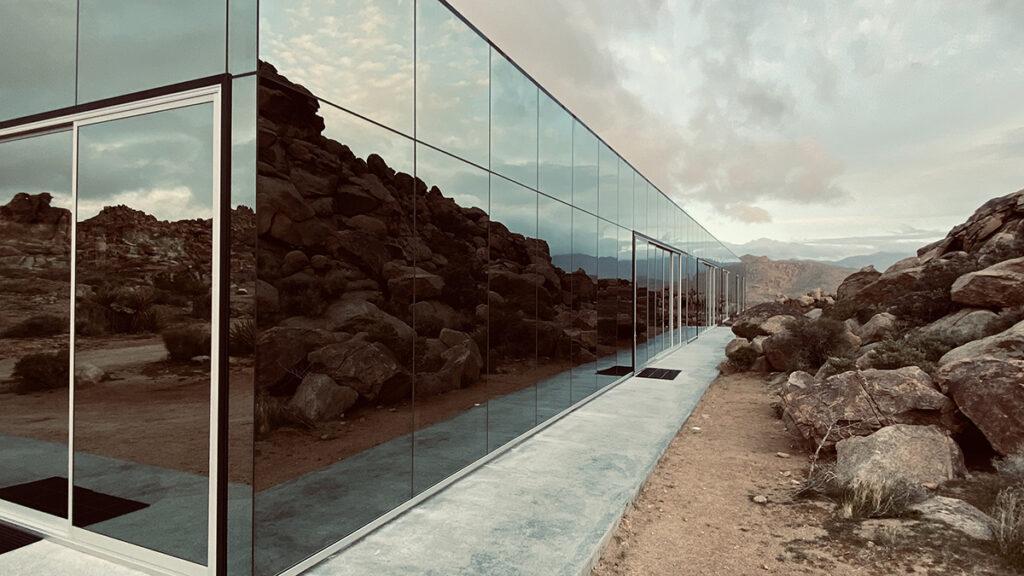 """Das """"unsichtbare"""" Spiegelhaus. Chris Hanley schätzt kreative Ideen und innovative Architektur. (Bild: Chris Hanley)"""