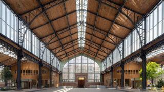 Gare Maritime glänzt ganz in Holz (Bild: Sarah Blee © Neutelings Riedijk Architects)