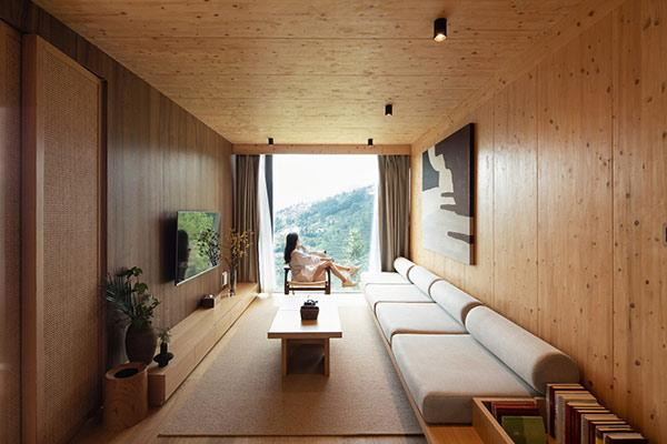 Mountain and Cloud Cabins, Interior