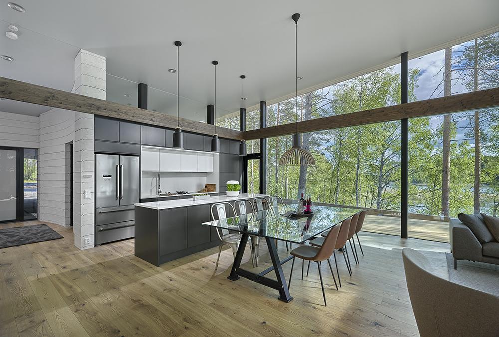 Edles Interieur macht das Luxus-Blockhaus besonders komfortabel. (Bild: Hans Koistinen)