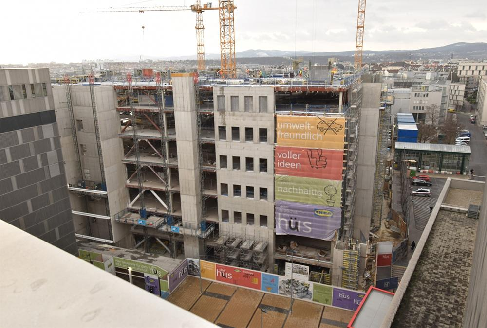 Construction work continues despite the pandemic. (Image: GREENPASS)
