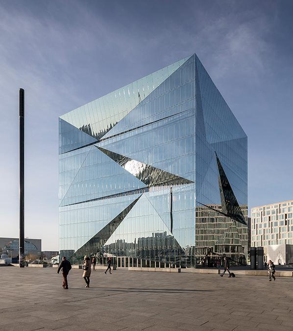 "Smart Building: Das Bürohaus ""The Cube"" in Berlin hat ein ""zentrales Hirn"". (Bild: Adam Mørk)"