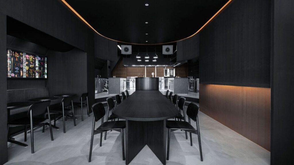 Flexibilität in der Cafe-Lounge Burnside in Tokio