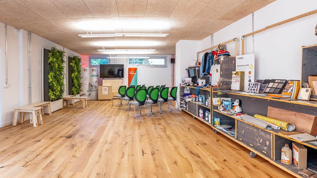 Showroom, C2C NGO