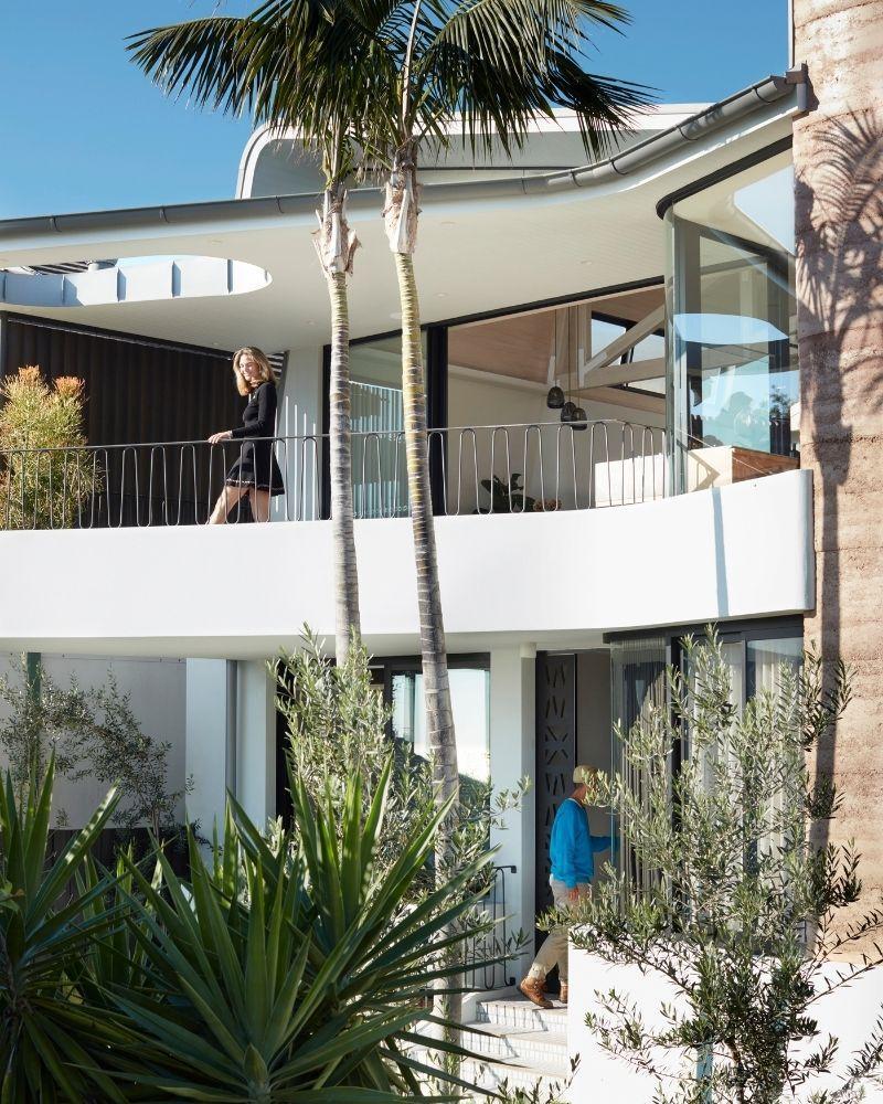 Luigi Rosselli Architects: Spiel mit Drinnen und Draußen