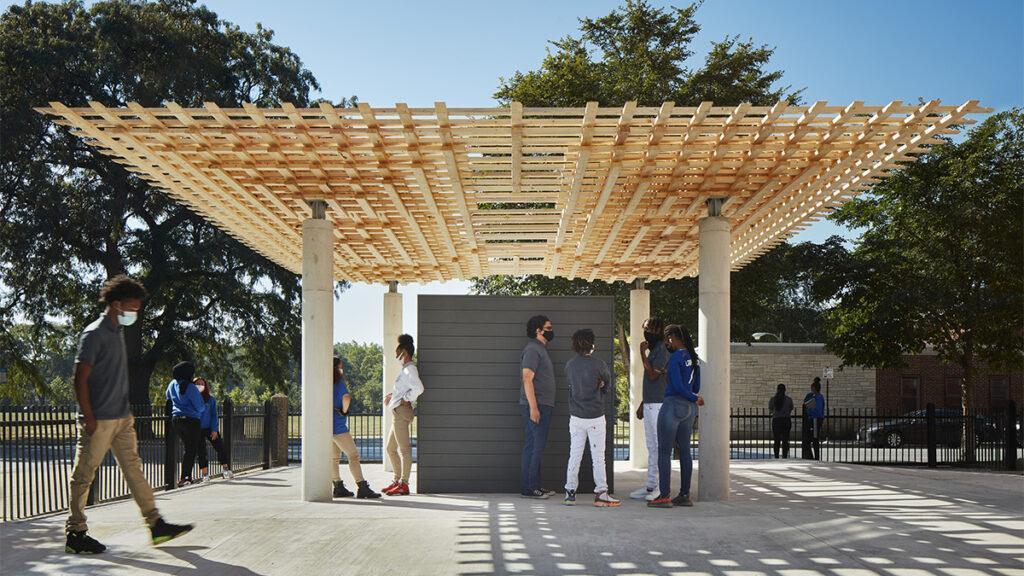"""Der """"SPLAM""""-Pavillon wird nach der Biennale 2021 als Outdoor-Klassenzimmer der EPIC Academy dienen. (Bild: SOM)"""
