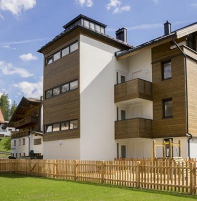 Residential Building Klosterstraße